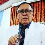pastor adolfo valle predicando